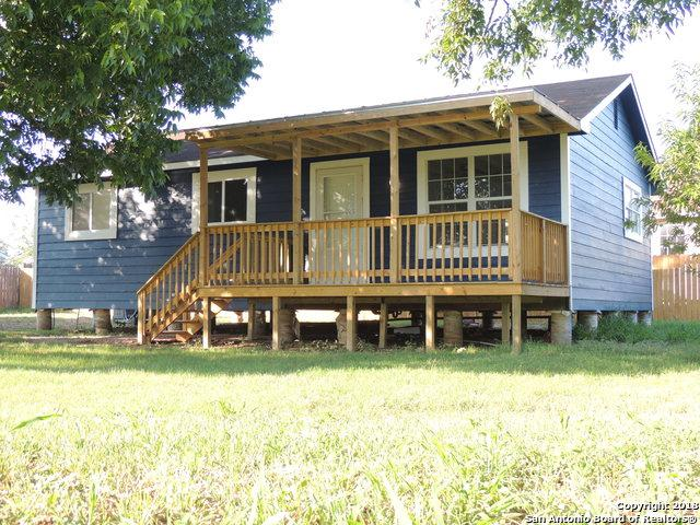 315 Lagunillas Ave, Charlotte, TX 78011 (MLS #1315058) :: Exquisite Properties, LLC