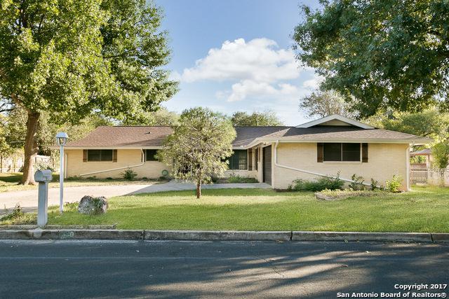 630 Rocklyn Dr, Windcrest, TX 78239 (MLS #1315105) :: Magnolia Realty