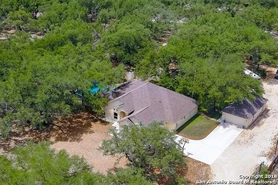 308 Governors Dr, Floresville, TX 78114 (MLS #1316130) :: Exquisite Properties, LLC