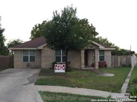 1890 Timber Wood Dr, Eagle Pass, TX 78852 (MLS #1317506) :: Exquisite Properties, LLC