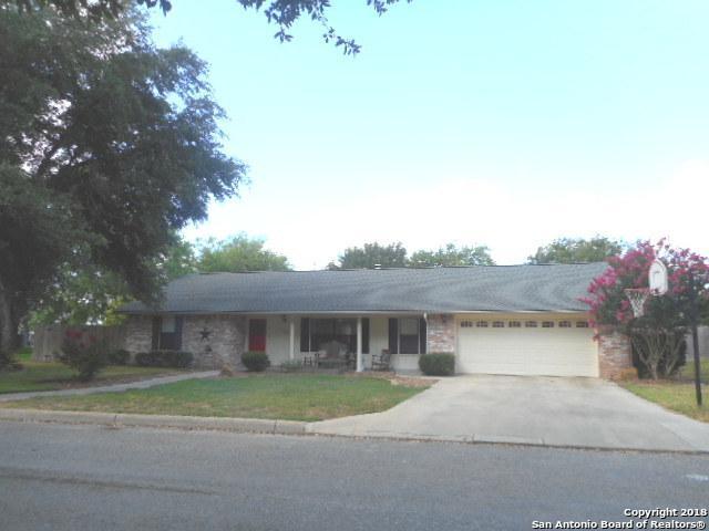 1323 Meadowlark, Pleasanton, TX 78064 (MLS #1317721) :: Magnolia Realty