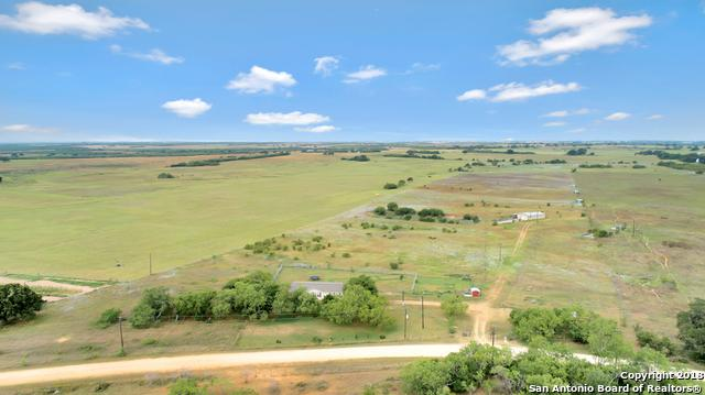 2730 County Road 232, Floresville, TX 78114 (MLS #1318563) :: Neal & Neal Team