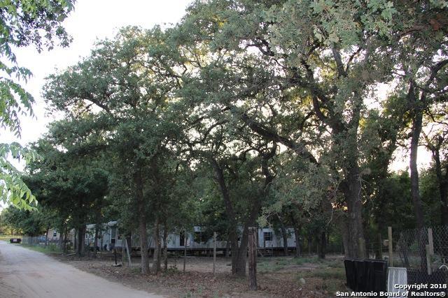 310 Maldonado Ln, La Vernia, TX 78121 (MLS #1318640) :: Tom White Group