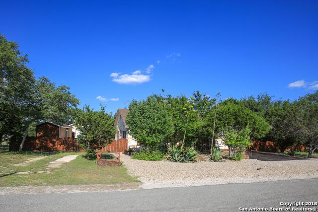 807 Possum Tree, Fischer, TX 78623 (MLS #1318908) :: Magnolia Realty
