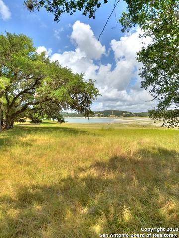 656 Pebble Beach Dr Nw, Pipe Creek, TX 78063 (MLS #1319052) :: NewHomePrograms.com LLC