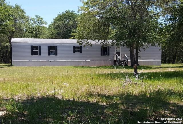 945 C St, Sutherland Springs, TX 78121 (MLS #1319071) :: NewHomePrograms.com LLC