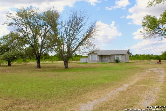 175 E County Road 678, Natalia, TX 78059 (MLS #1319543) :: Keller Williams City View