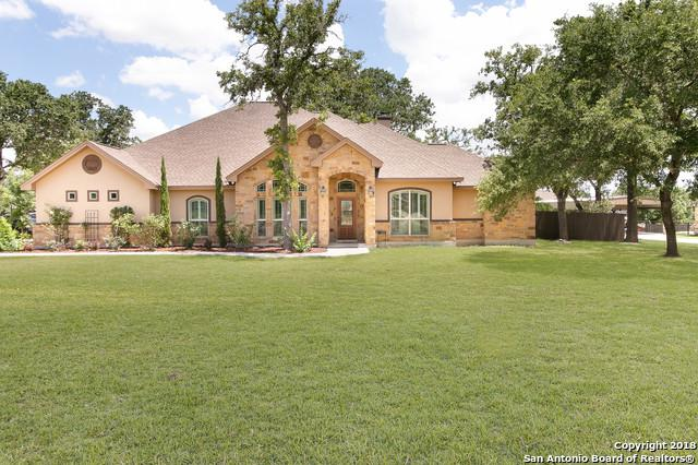 133 Copper Creek Dr, La Vernia, TX 78121 (MLS #1319831) :: Erin Caraway Group