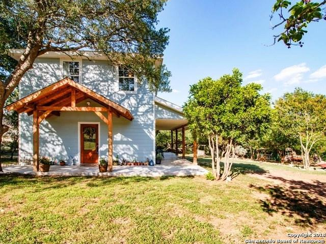 1265 Comanche Path, Bandera, TX 78003 (MLS #1319913) :: Exquisite Properties, LLC