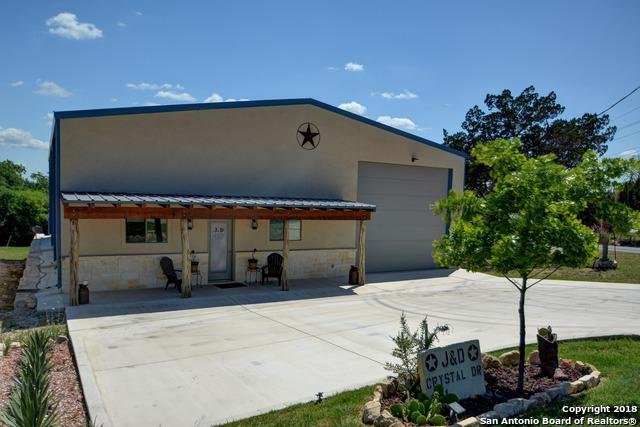 101 Crystal Dr W, Kerrville, TX 78028 (MLS #1319928) :: The Castillo Group