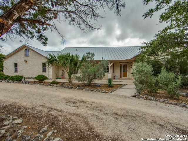 303 River Mountain Dr, Boerne, TX 78006 (MLS #1320272) :: Alexis Weigand Real Estate Group