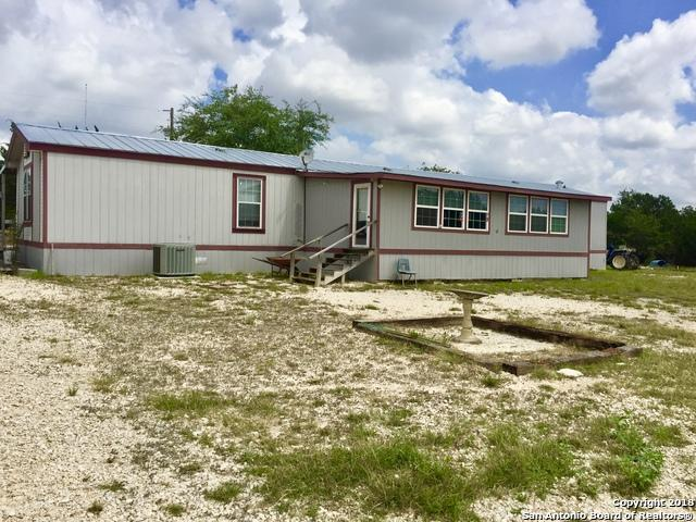 3298 Forest Trail Dr, Bandera, TX 78003 (MLS #1320833) :: Tami Price Properties Group