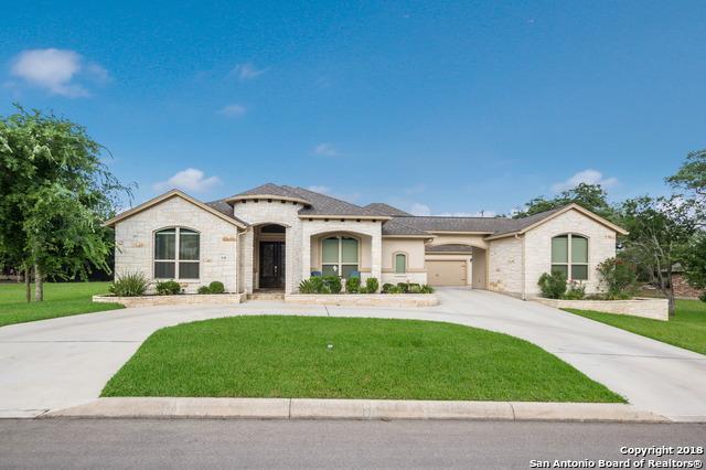 331 Barden Pkwy, Castroville, TX 78009 (MLS #1321014) :: The Castillo Group