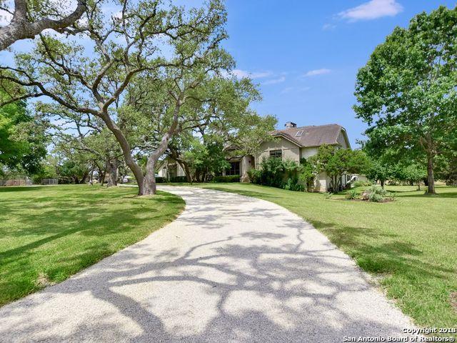 9536 Majestic Oak Circle, San Antonio, TX 78255 (MLS #1321189) :: NewHomePrograms.com LLC