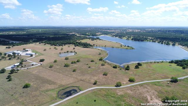 915 Pratt Road, Seguin, TX 78155 (MLS #1321394) :: The Castillo Group