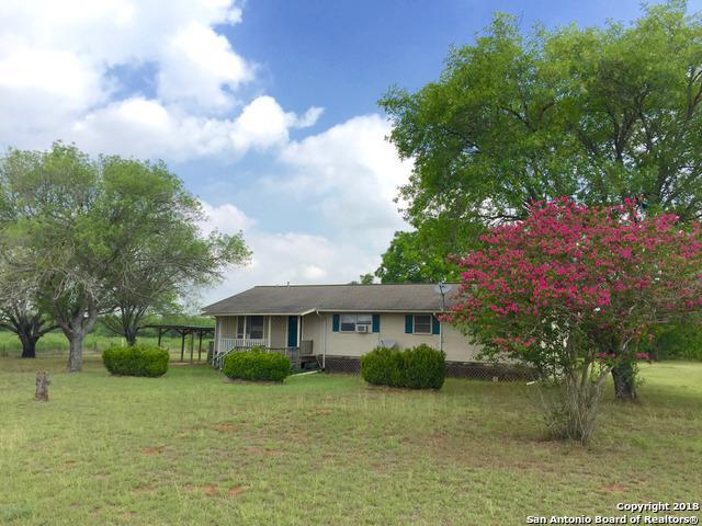 1515 Fairview Rd, Pleasanton, TX 78064 (MLS #1321459) :: Tom White Group