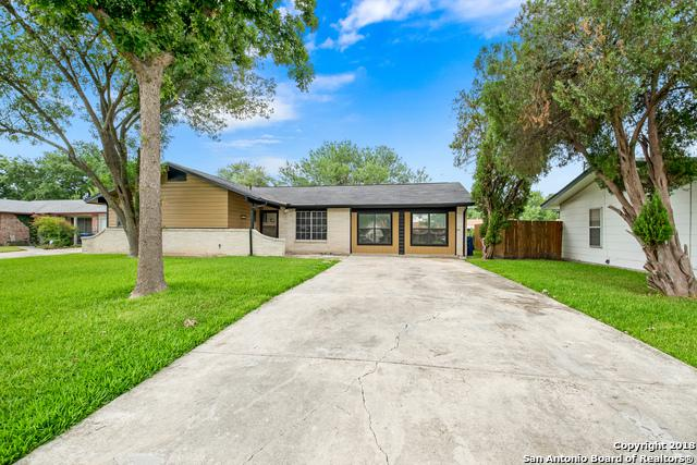 3227 Autumn Ln, Kirby, TX 78219 (MLS #1321638) :: The Castillo Group