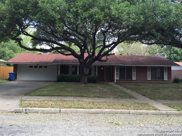 307 Montfort Dr, San Antonio, TX 78216 (MLS #1322315) :: Alexis Weigand Real Estate Group