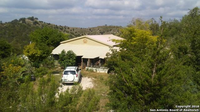 111 Sunset Dr, Boerne, TX 78006 (MLS #1322392) :: Alexis Weigand Real Estate Group