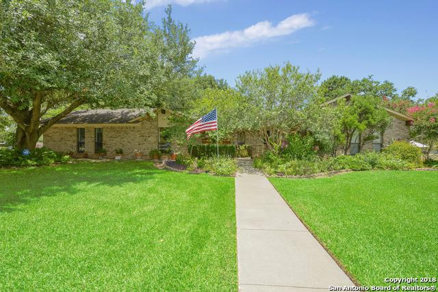 356 Edgehill, Pleasanton, TX 78064 (MLS #1322538) :: Erin Caraway Group