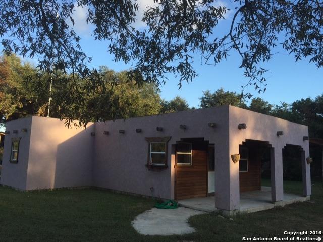 768 Chipman Lane, Bandera, TX 78003 (MLS #1322624) :: Tom White Group