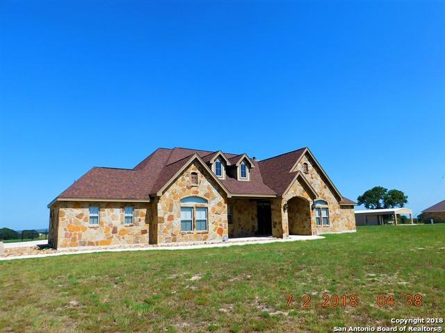 215 Triple Bend, La Vernia, TX 78121 (MLS #1322946) :: The Castillo Group