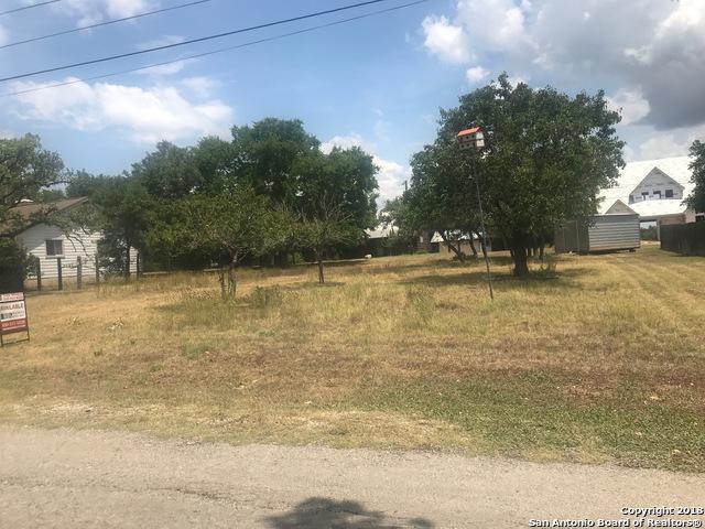 108 Glenn Oaks Dr, Boerne, TX 78006 (MLS #1323863) :: Alexis Weigand Real Estate Group