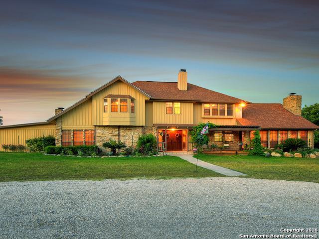 966 Deer Valley, Bandera, TX 78003 (MLS #1324061) :: Tom White Group