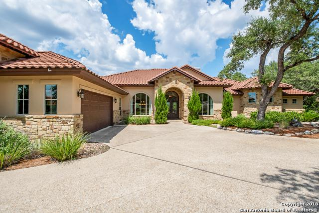562 Clubs Dr, Boerne, TX 78006 (MLS #1324345) :: Magnolia Realty