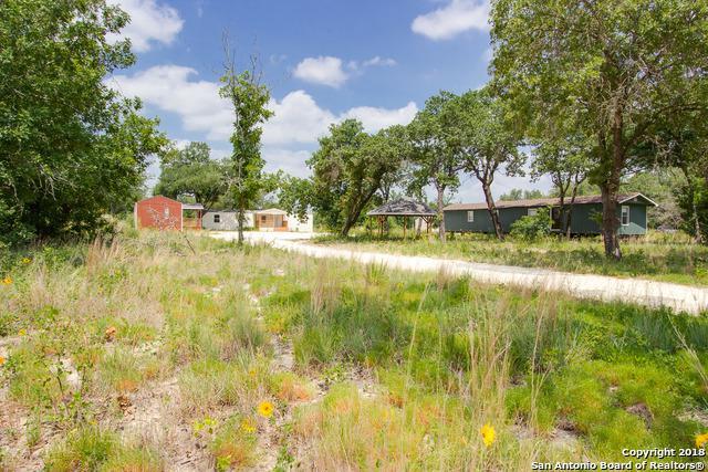 143 N 3rd St, Somerset, TX 78069 (MLS #1324381) :: Neal & Neal Team