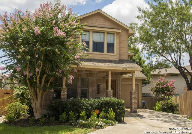 6202 Pecan Tree, San Antonio, TX 78240 (MLS #1324414) :: Alexis Weigand Real Estate Group