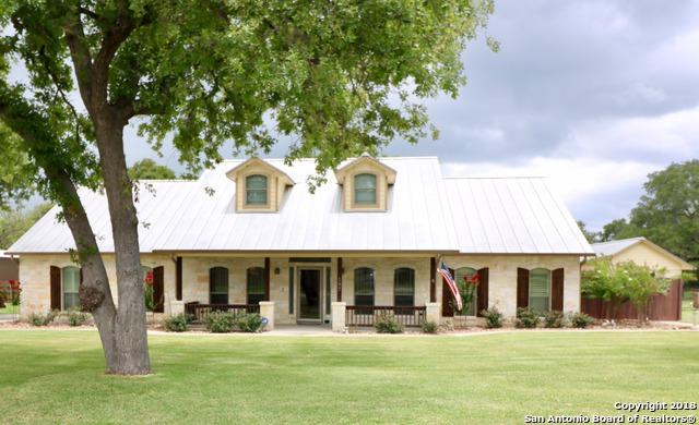 197 Vintage Ranch Circle, La Vernia, TX 78121 (MLS #1325311) :: The Castillo Group