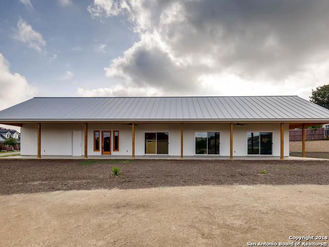 7910 Clearwater Blvd, Selma, TX 78154 (MLS #1325702) :: Tami Price Properties Group