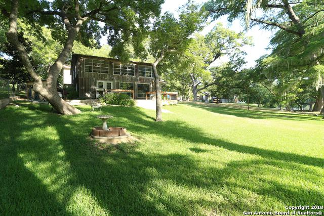 8722 & 0 River Rd, New Braunfels, TX 78132 (MLS #1326214) :: Berkshire Hathaway HomeServices Don Johnson, REALTORS®