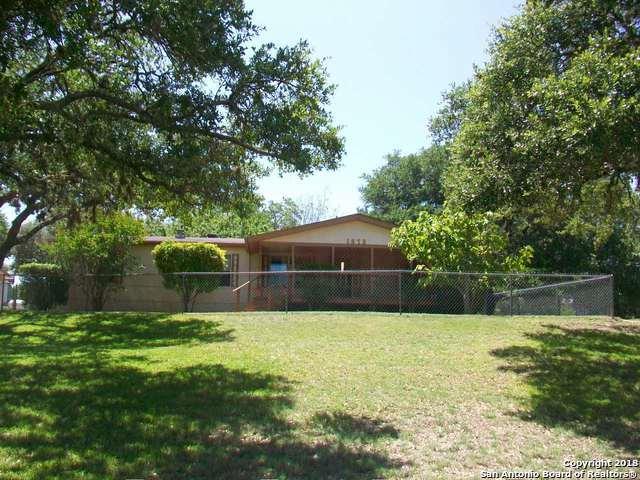 1572 Live Oak Dr, Canyon Lake, TX 78133 (MLS #1326535) :: Ultimate Real Estate Services