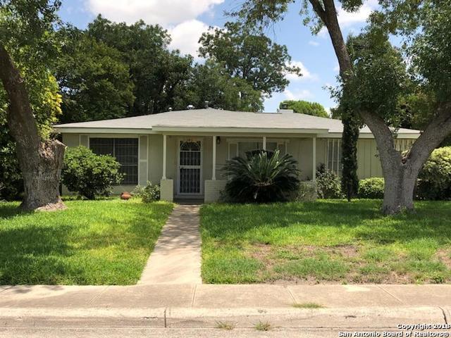345 W Mandalay Dr, San Antonio, TX 78212 (MLS #1326579) :: Tom White Group