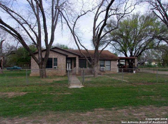 105 County Road 2655, Moore, TX 78057 (MLS #1326827) :: Tom White Group