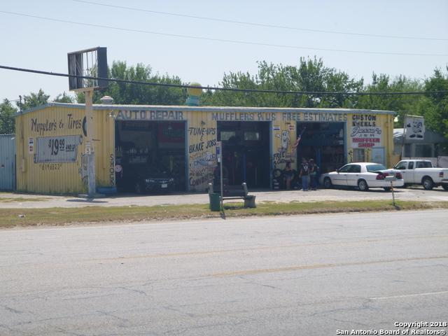 10302 Roosevelt Ave, San Antonio, TX 78214 (MLS #1327106) :: Tom White Group