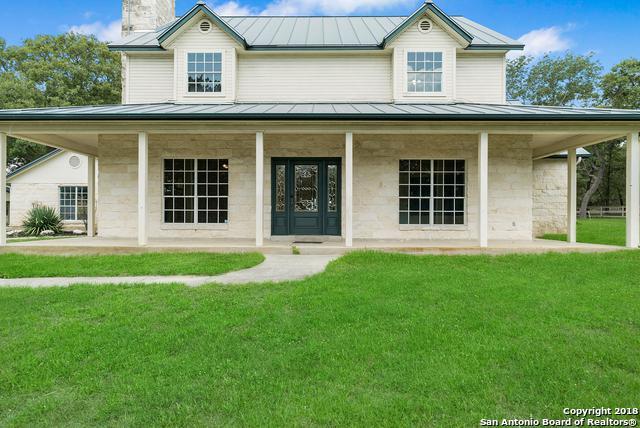 103 Montesito Ln, Floresville, TX 78114 (MLS #1327147) :: Tom White Group