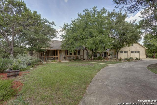 958 Coyote Ridge Dr, Spring Branch, TX 78070 (MLS #1327253) :: Carolina Garcia Real Estate Group