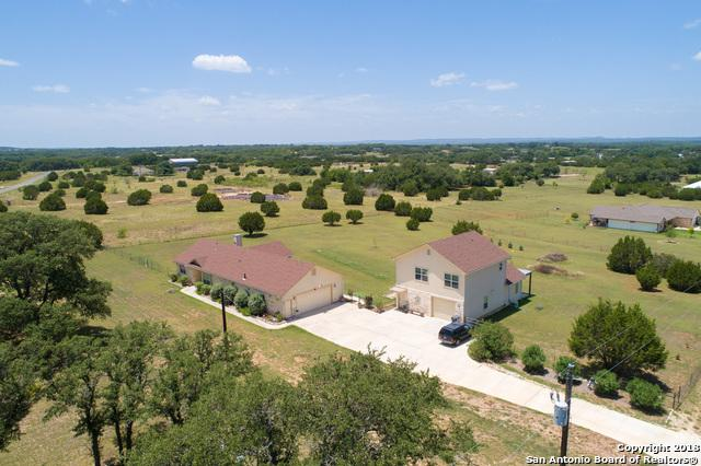 285 Whitmire Dr, Blanco, TX 78606 (MLS #1327284) :: Erin Caraway Group
