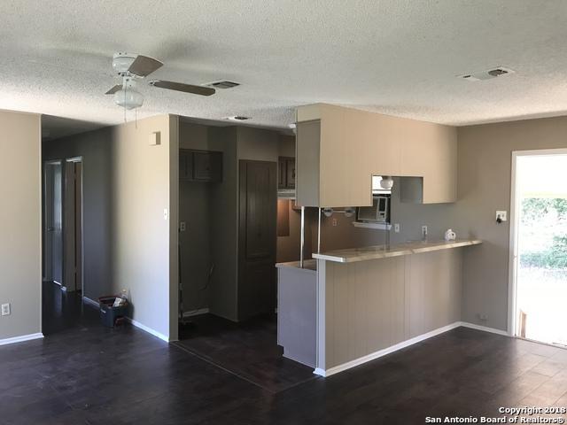 5855 Prairie Rd, Von Ormy, TX 78073 (MLS #1327343) :: Tom White Group