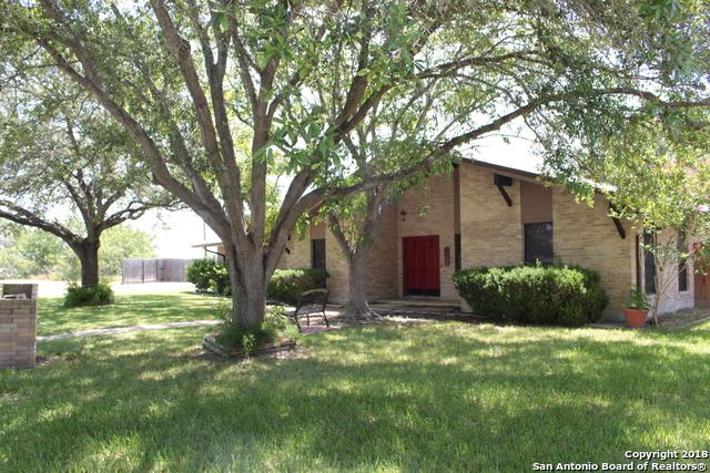 1500 Cherrydown St, Three Rivers, TX 78071 (MLS #1327439) :: Alexis Weigand Real Estate Group