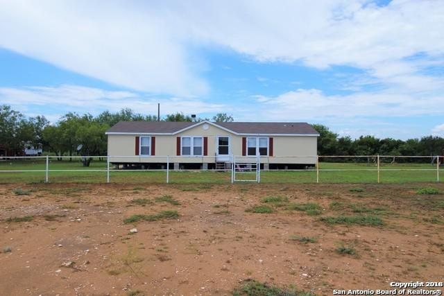 1333 Private Road 1688, Moore, TX 78057 (MLS #1327537) :: Alexis Weigand Real Estate Group