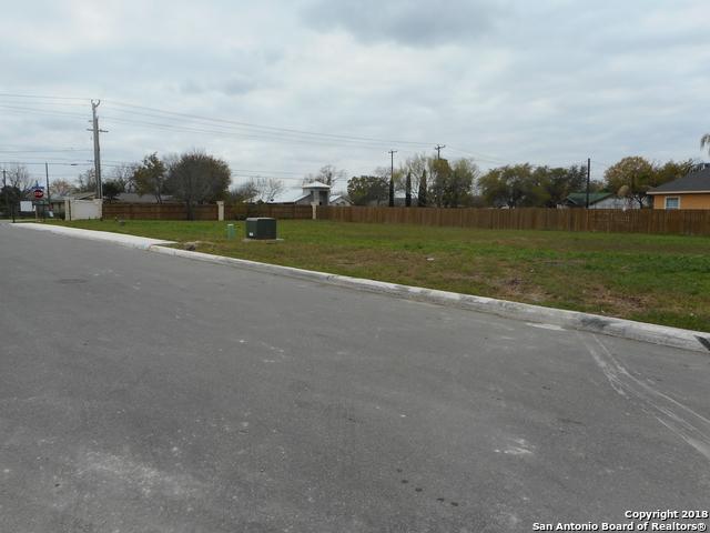 9523 Butterfly Bend, San Antonio, TX 78224 (MLS #1327712) :: Exquisite Properties, LLC