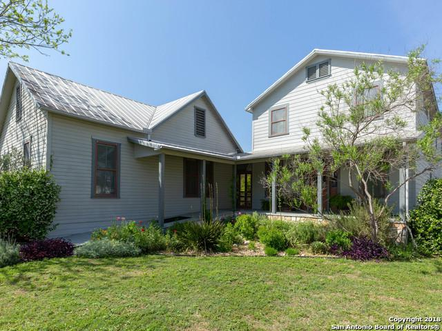 1813 San Jacinto St, Castroville, TX 78009 (MLS #1327805) :: Tom White Group