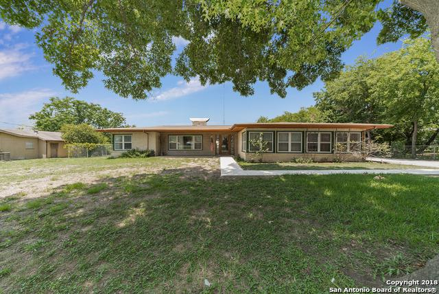 215 Melliff Dr, San Antonio, TX 78216 (#1328177) :: The Perry Henderson Group at Berkshire Hathaway Texas Realty