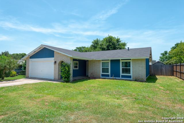 1047 Hickory Trail St, San Antonio, TX 78245 (MLS #1328402) :: Exquisite Properties, LLC