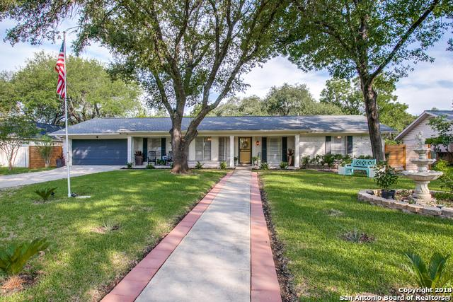 215 Northcrest Dr, Castle Hills, TX 78213 (MLS #1328508) :: Neal & Neal Team