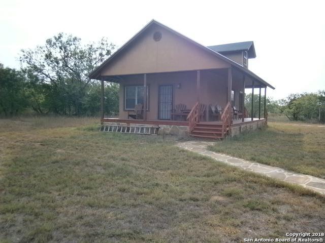 1375 Rangeland Rd, Seguin, TX 78155 (MLS #1329284) :: Vivid Realty